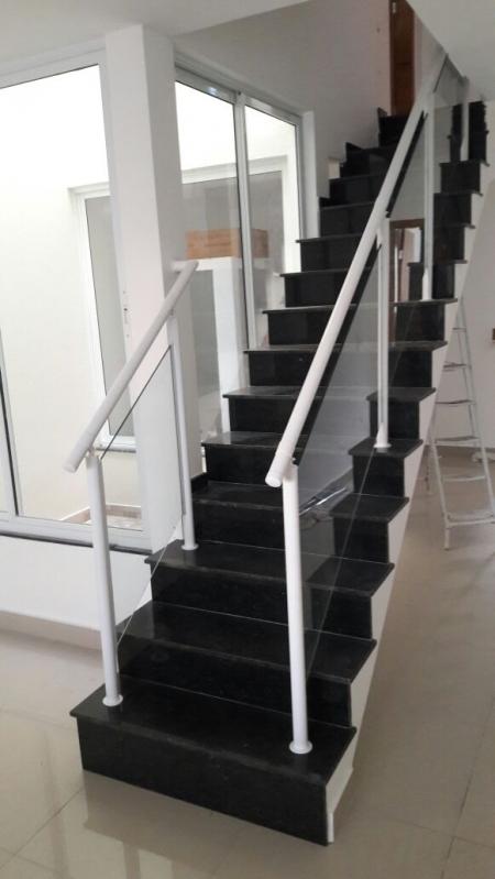 Corrimão de Vidro e Alumínio Ferraz de Vasconcelos - Corrimão de Vidro para Sacada