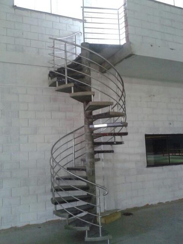 Corrimão para Escadas Caracol Marapoama - Corrimão para Escada Pré Moldada