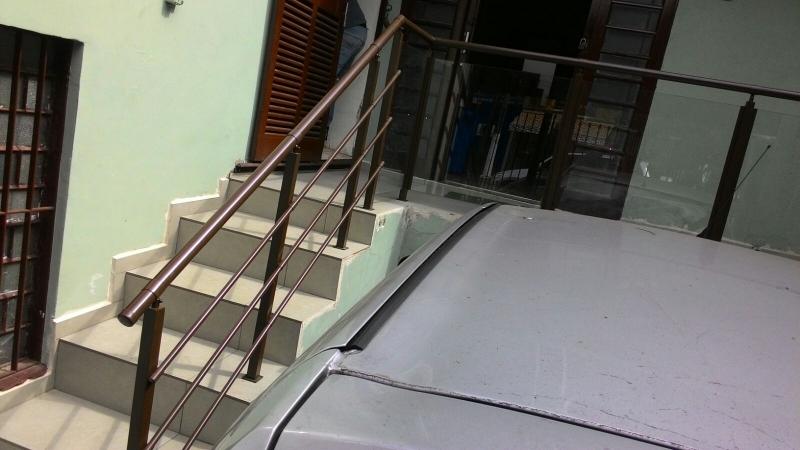 Corrimãos Externos Pintados Itaquaquecetuba - Corrimão Pintado para Escada