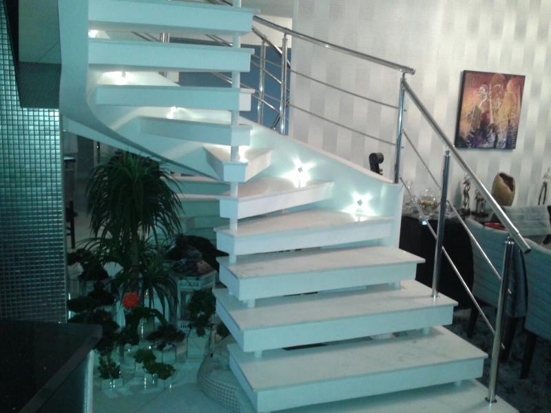 Empresa de Instalação de Corrimão de Aço Inox para Escada Caracol Belém - Instalação de Corrimão de Aço Inox com Vidro