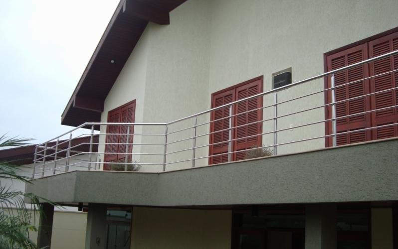 Empresa de Instalação de Corrimão de Inox para Escada Juquitiba - Instalação de Corrimão de Aço Inox com Vidro