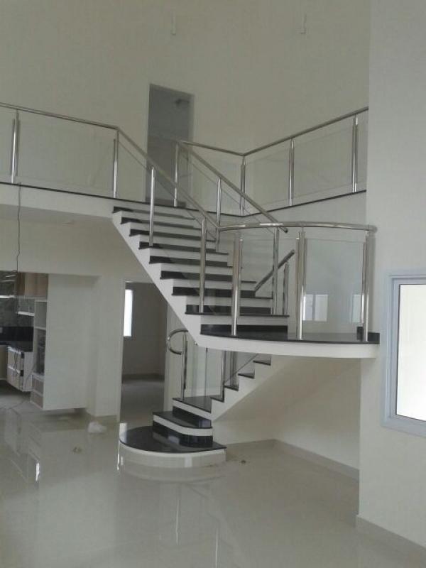 Fábrica de Corrimão de Aço Inox para Escadas Local Diadema - Fábrica de Corrimão de Aço Inox para Escadas