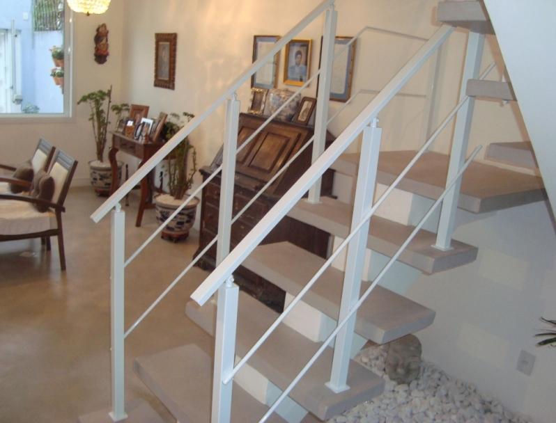 Fábrica de Corrimão de Escada de Ferro Parque São Rafael - Fábrica de Corrimão de Ferro com Vidro