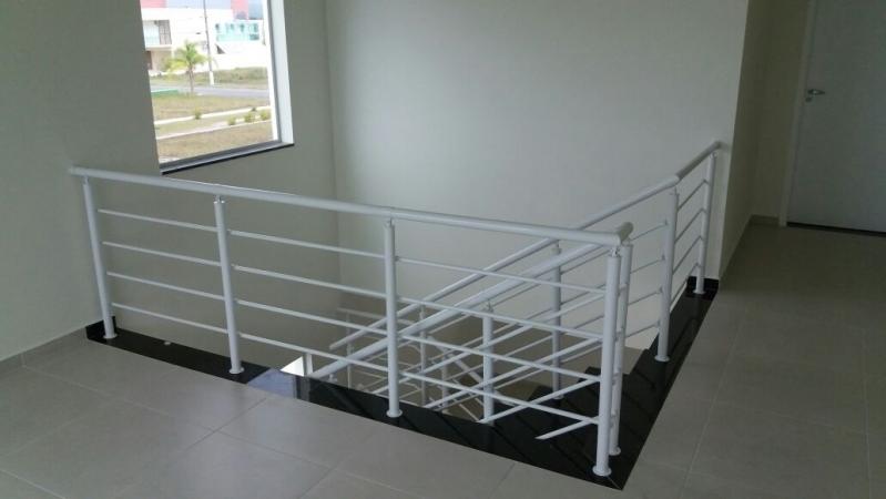 Fábrica de Corrimão de Ferro para Escada Caracol Jaçanã - Fábrica de Corrimão de Ferro com Vidro
