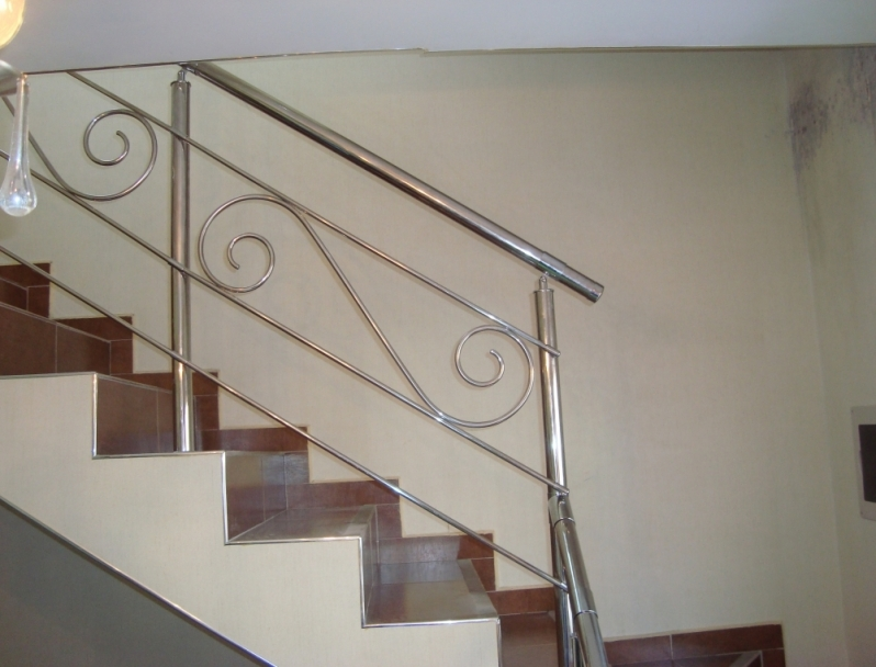 Fábricas de Corrimão de Aço Inox Pintado Caieiras - Fábrica de Corrimão de Aço Inox para Escada Caracol