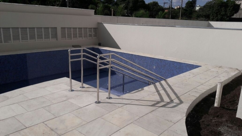 Instalação de Corrimão de Aço Inox para Piscina Valores Araçatuba - Instalação de Corrimão de Aço Inox com Vidro