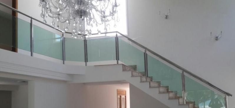 Instalação de Corrimão de Vidro Verde Cidade Tiradentes - Corrimão de Vidro para Sacada