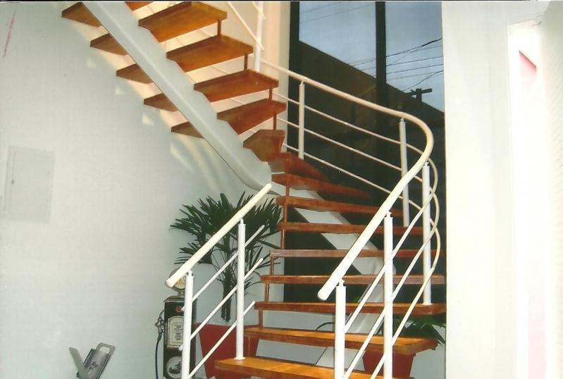 Localização de Fábrica de Corrimão de Ferro Cromado Guarulhos - Fábrica de Corrimão para Escada
