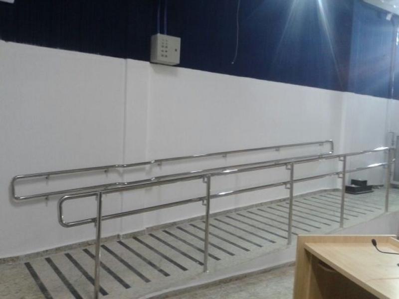 Orçamento de Corrimão para Rampa de Acessibilidade Itatiba - Corrimão de Escada de Inox