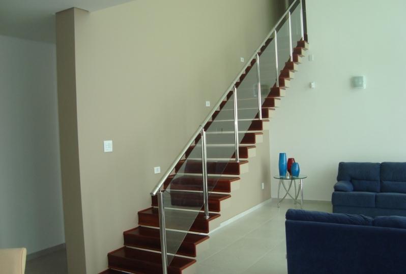 Quanto Custa Corrimão de Escada em Vidro Temperado Itaim Paulista - Corrimão de Vidro Verde
