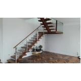 corrimão de vidro para escada de madeira Itaquera