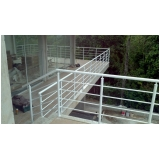 corrimão de alumínio para escada caracol