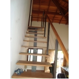 corrimãos para escada de madeira Limeira