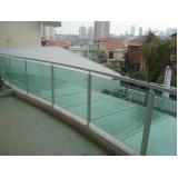 corrimões de vidro verde Jandira