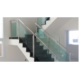 instalação de guarda corpo de vidro para escada Água Funda