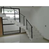 instalação de guarda corpo escada vidro e alumínio Embu Guaçú