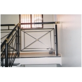 onde encontrar fábrica de corrimão de escada de ferro Bela Vista