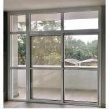 porta de vidro branca