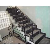 quanto custa corrimão de ferro para escada caracol Cidade Ademar