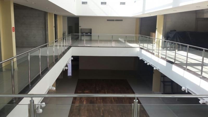 Valor de Corrimão Inox com Vidro Ponte Rasa - Corrimão de Escada de Inox