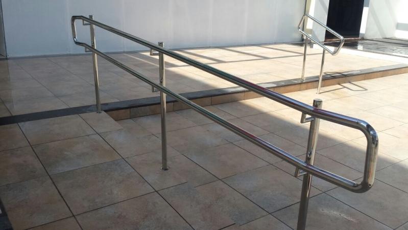 Valor de Corrimão para Rampa de Acessibilidade Água Branca - Corrimão de Escada de Inox